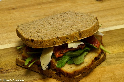 Boterham met restjes kipgehaktbrood-1