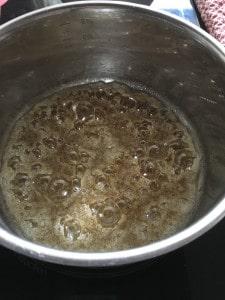 Vanille panna cotta met karamelsaus