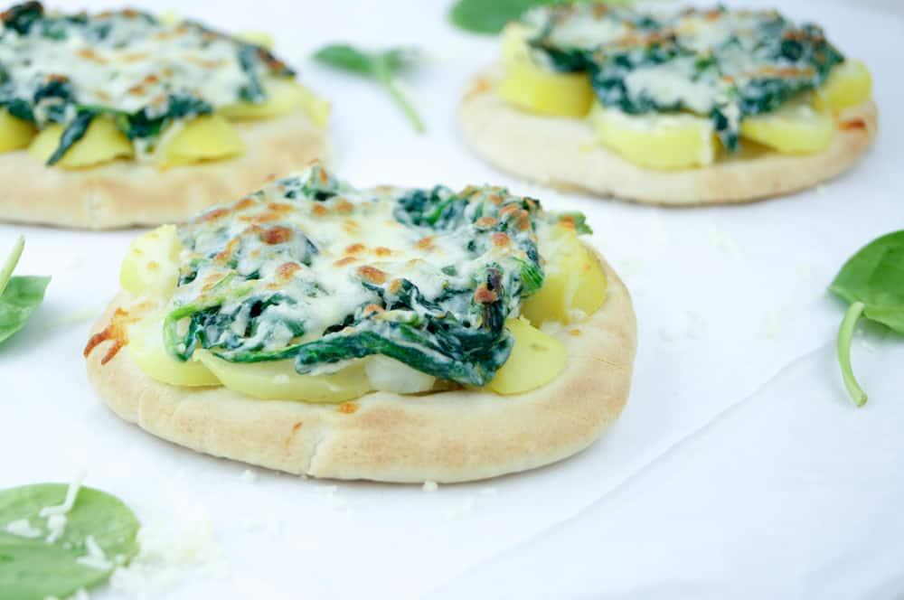 Pita met aardappel en spinazie
