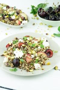 quinoa salade met kers en abrikoos