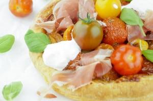 taartje met tomaat proscuitto burrata-3