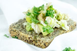 pittenbrood-met-witloof-forel-salad