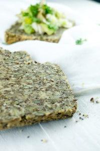 pittenbrood-met-witloof-forel-salad