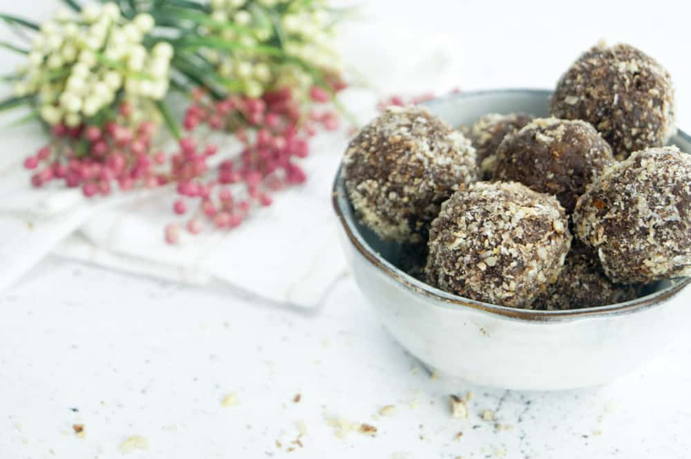 Dadelballetjes met kokos amandel choco-1