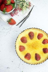 Creme brulee taart met aardbeien-1