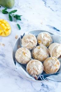 Muffins met mango en kokos