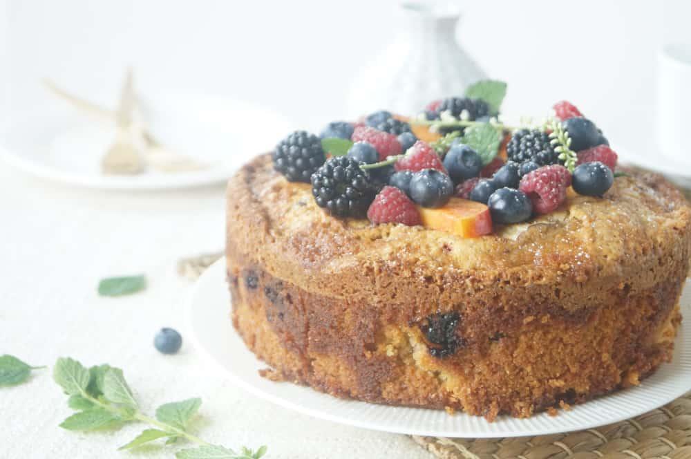 olijfoliecake nectarine bramen framboos-1