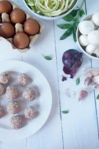 Frittata courgette gehaktbal champignon-1
