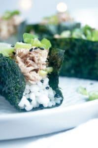 Open sushi hapjes met tonijn