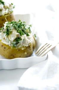 Gevulde aardappel met asperges en ham