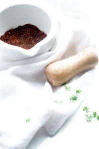Bagel met zalmburger en kruidenroomkaas
