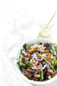 Salade nicoise met zoete aardappel