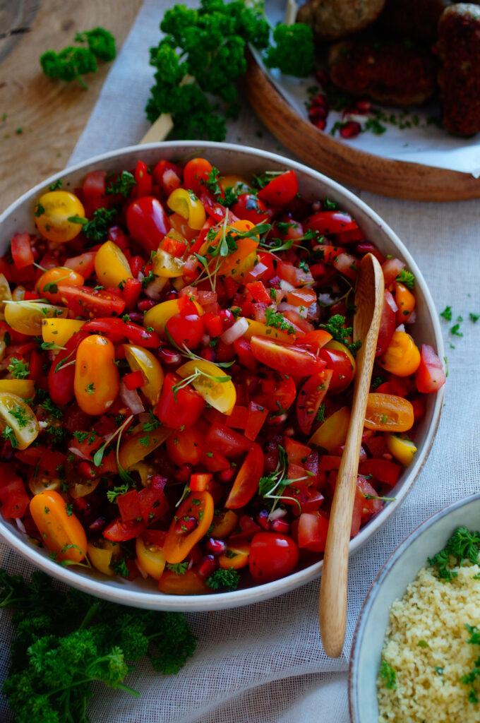 Tomatensalade met granaatappel