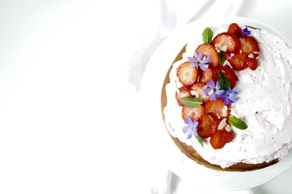Yoghurtcake met aardbeien