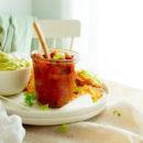 Salsa van tomaat, perzik en paprika