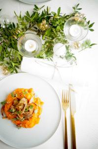 Varkenswangetjes met wortelpuree en crunchy sjalot
