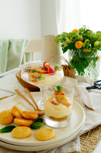 Tiramisu met amaretti en perziken