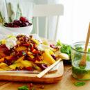 Fruitsalade met pistache crumble