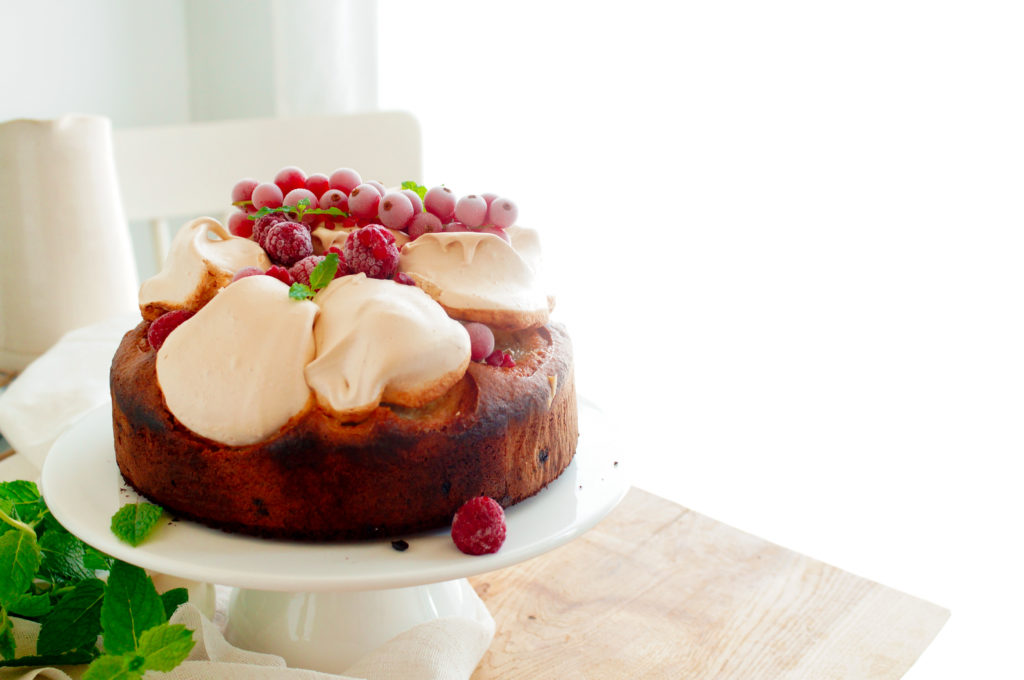 Meringue cake met frambozen