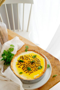 Panna Cotta taart met kokos en passievrucht
