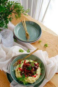 Varkenswangetjes met granaatappel en pastinaakpuree