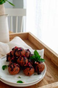 Energy balls met chocolade en hazelnoten