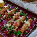 Kalfslapjes met asperges & tomatensaus