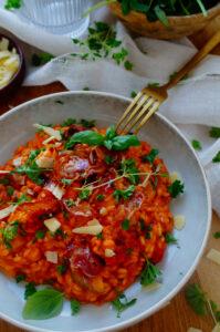 Risotto met tomaat en courgette